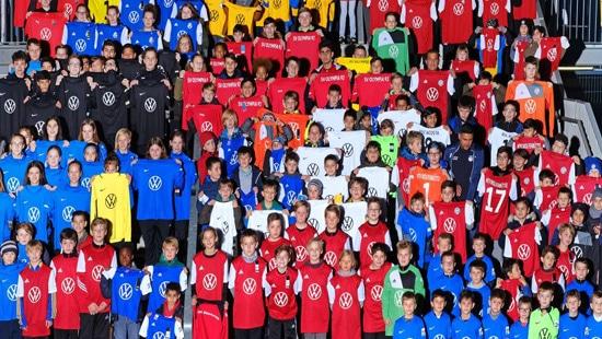 Voets-Gruppe sponsert Fussballtrikots